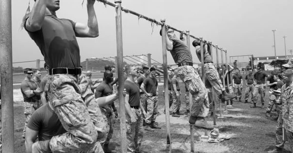 Marines doing Pull-Ups